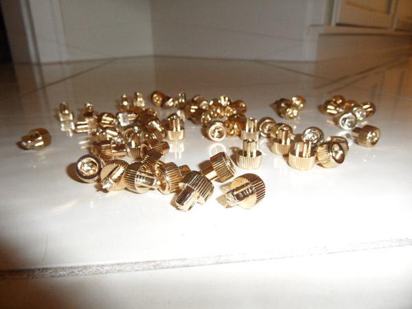 Goldene Schrauben für Smoor